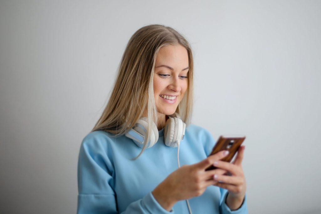 Messaging firms